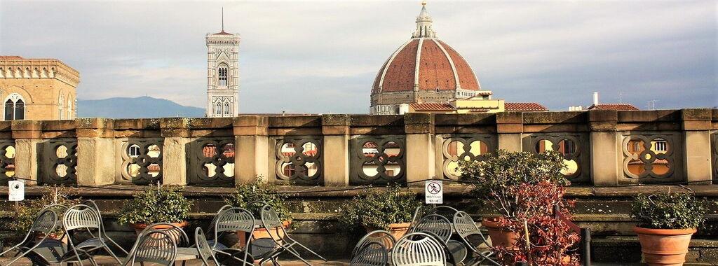 A Tour Inside The Beautiful Uffizi Gallery
