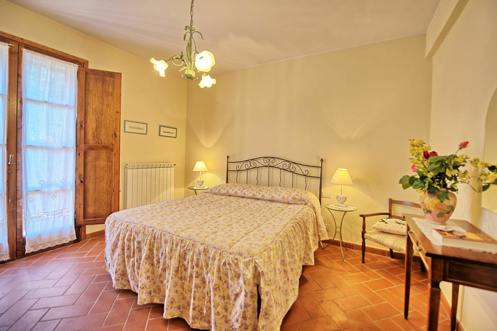 Holiday Apartment Casa Rossa 5 At Casa Rossa In Gorgognano Tuscany 8 Sleeps In 3 Bedrooms