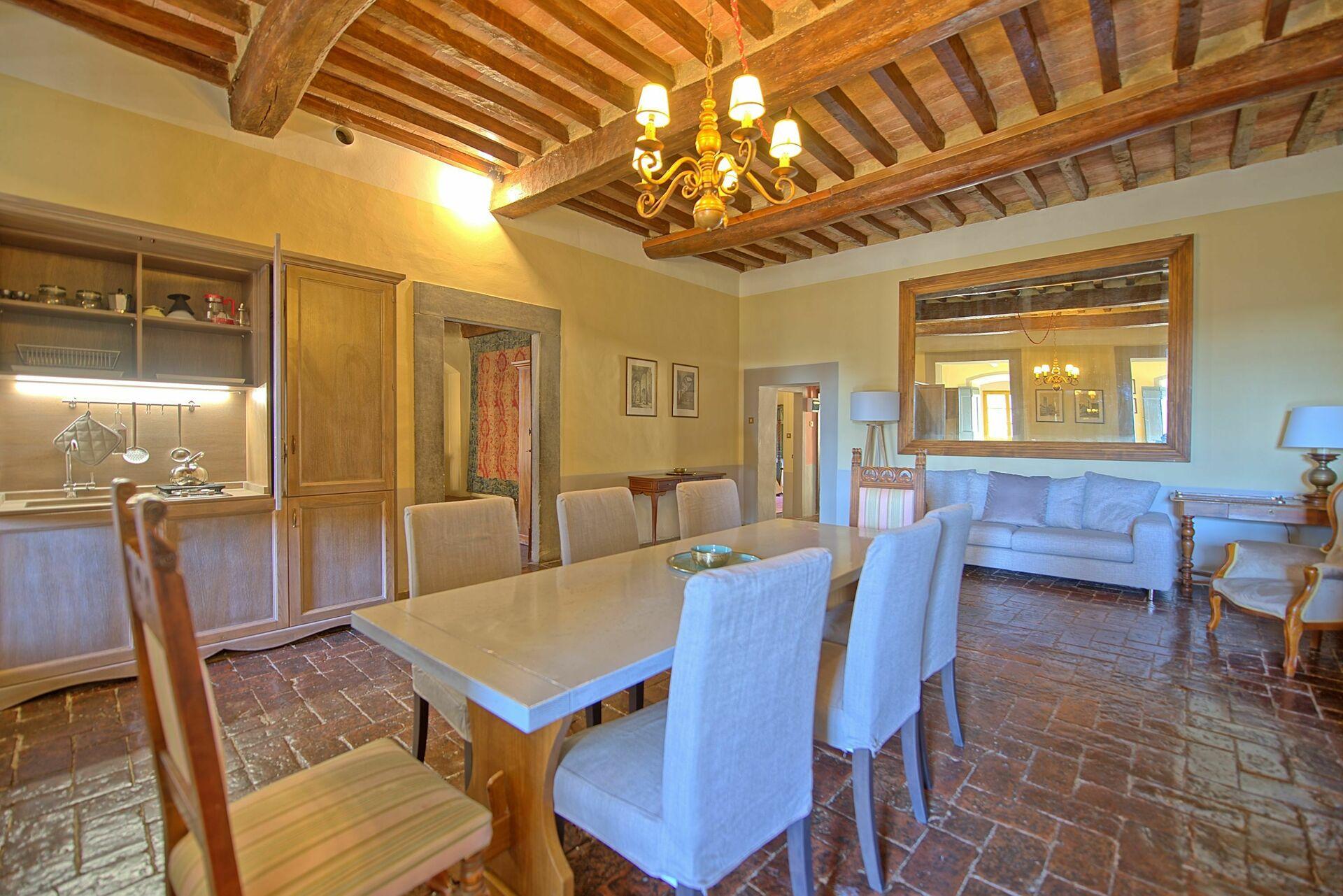 Letto A Castello Toscana.Montegufoni 24 Esclusivo Alloggio In Affitto Nel Castello Di