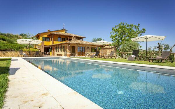 Villa Amadeo