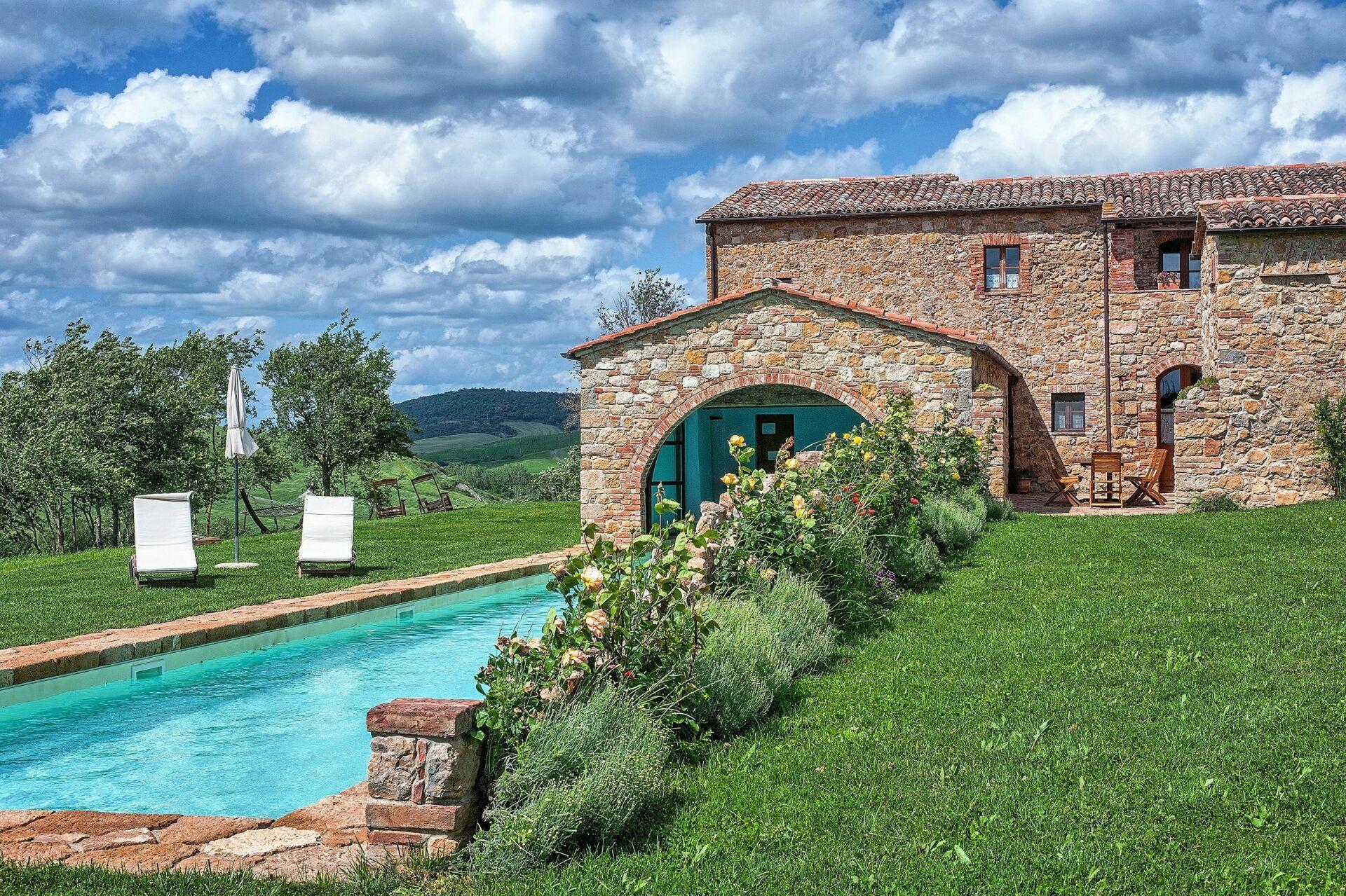 Villa in toscana per vacanze casale pienza - Casale in toscana ...