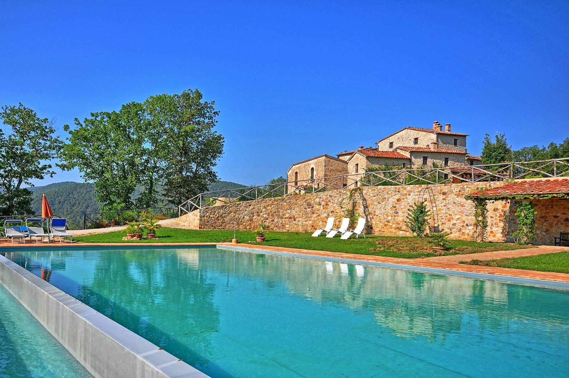 Villa With Pool For Rent In Tuscany Villa Vittorio
