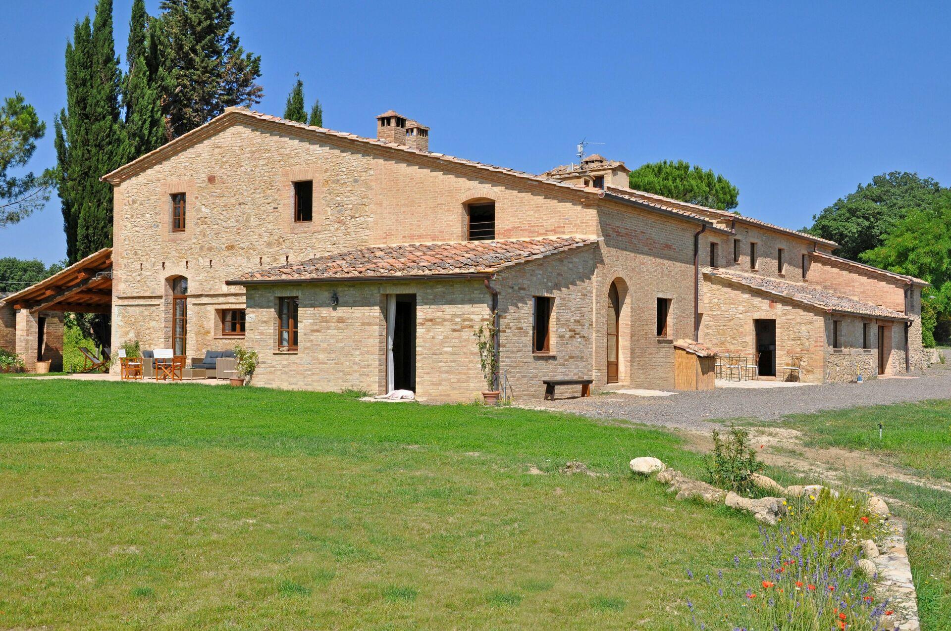 Villa in toscana per vacanze villa senese for Ville vacanze italia
