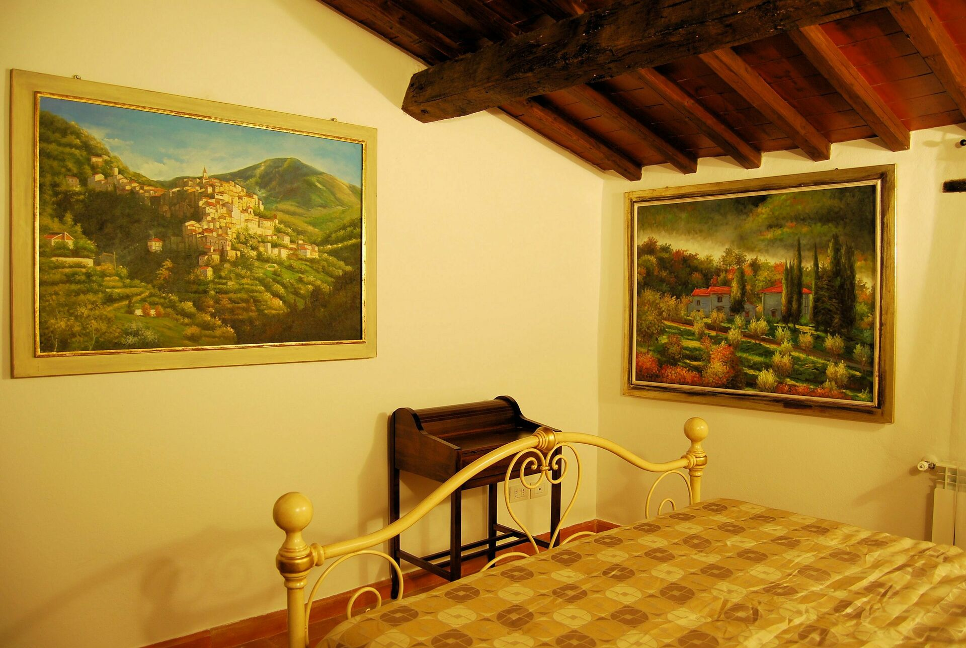 Holiday Apartment Nr.7 at La Mucchia in Cortona, Tuscany - 2 Sleeps ...