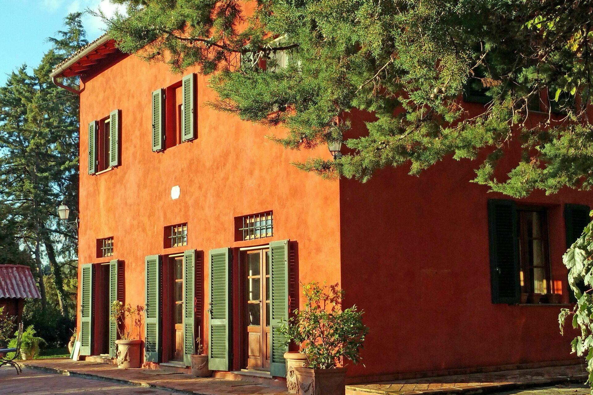 Tuscan villa pool tennis villa vacation rental in lari for Tuscany villas