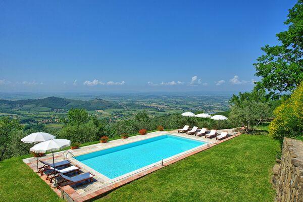 Villa Noceta Villa in Italien