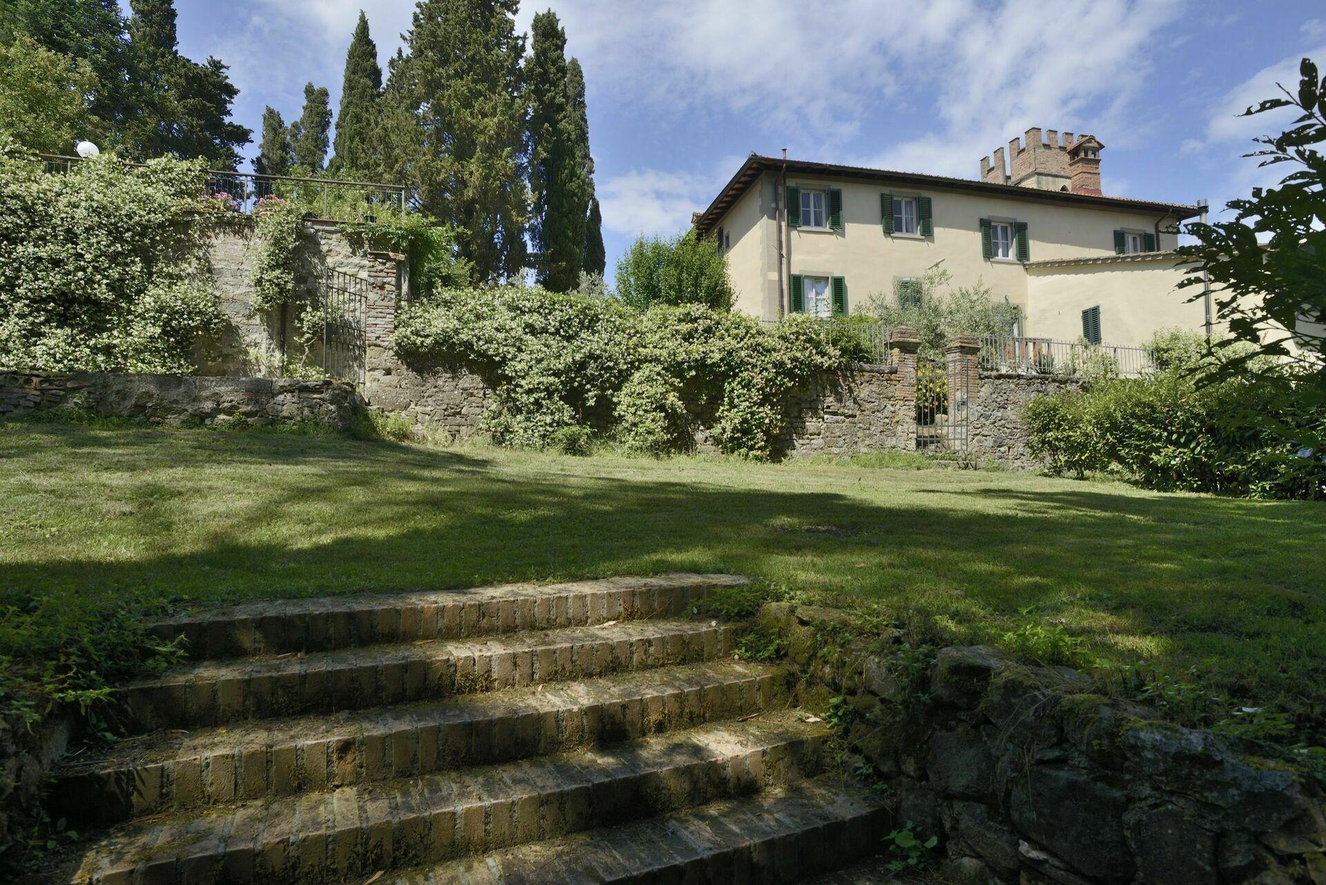 Villa louer en toscane pour vacances villa mugello for Villa louer vacances