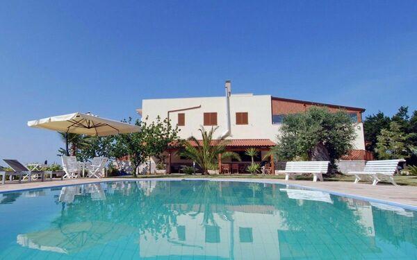 Villa Rita Full