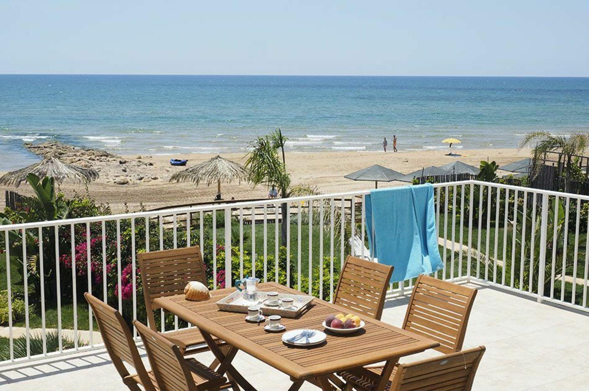 Villa Ariel, Holiday Villa Rental by the Sea in ...