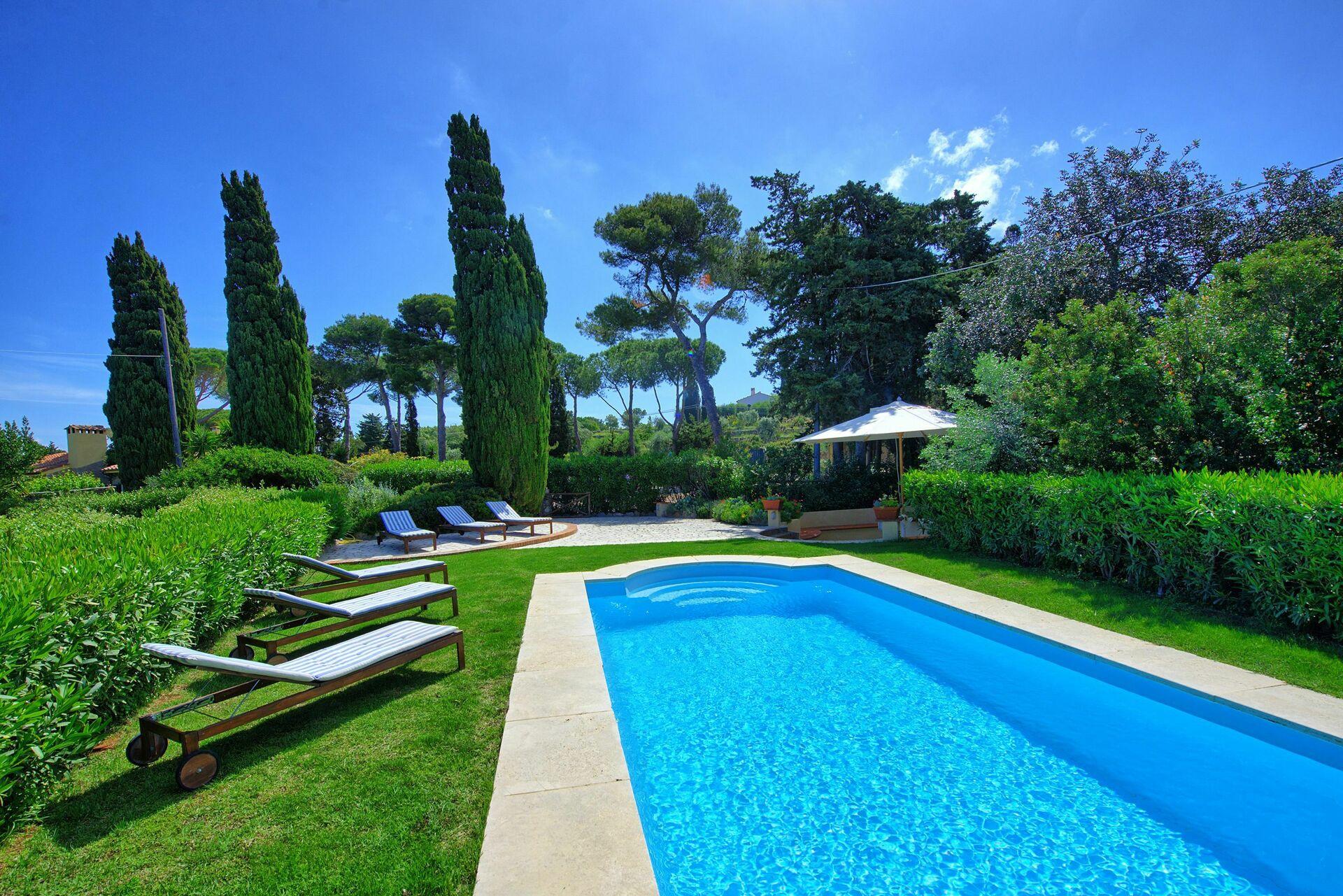 Villa Argentario - Holiday Villa Rental in Porto Santo