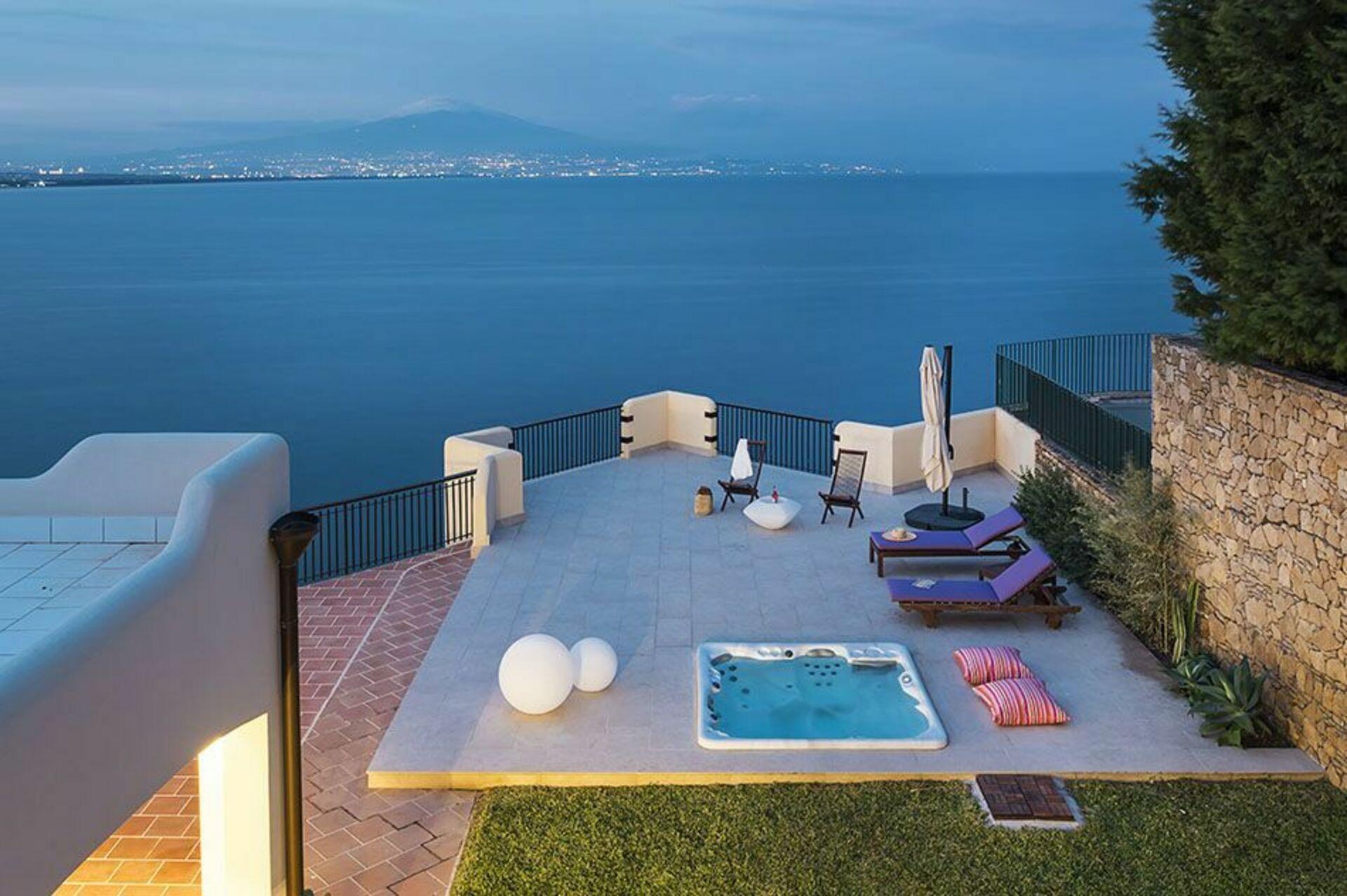 Sommerhus Baia Del Riccio i Augusta Sicilien - 4 soveværelser og 8 ...