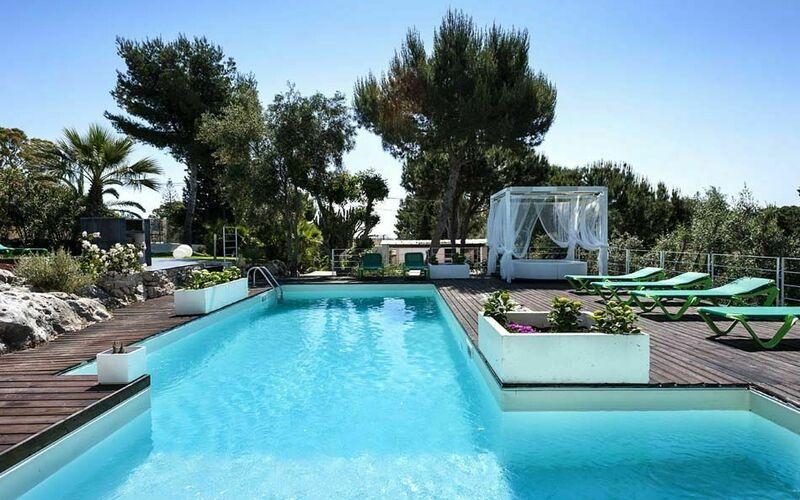 ferienh user in italien ferienwohnungen mit pool in. Black Bedroom Furniture Sets. Home Design Ideas