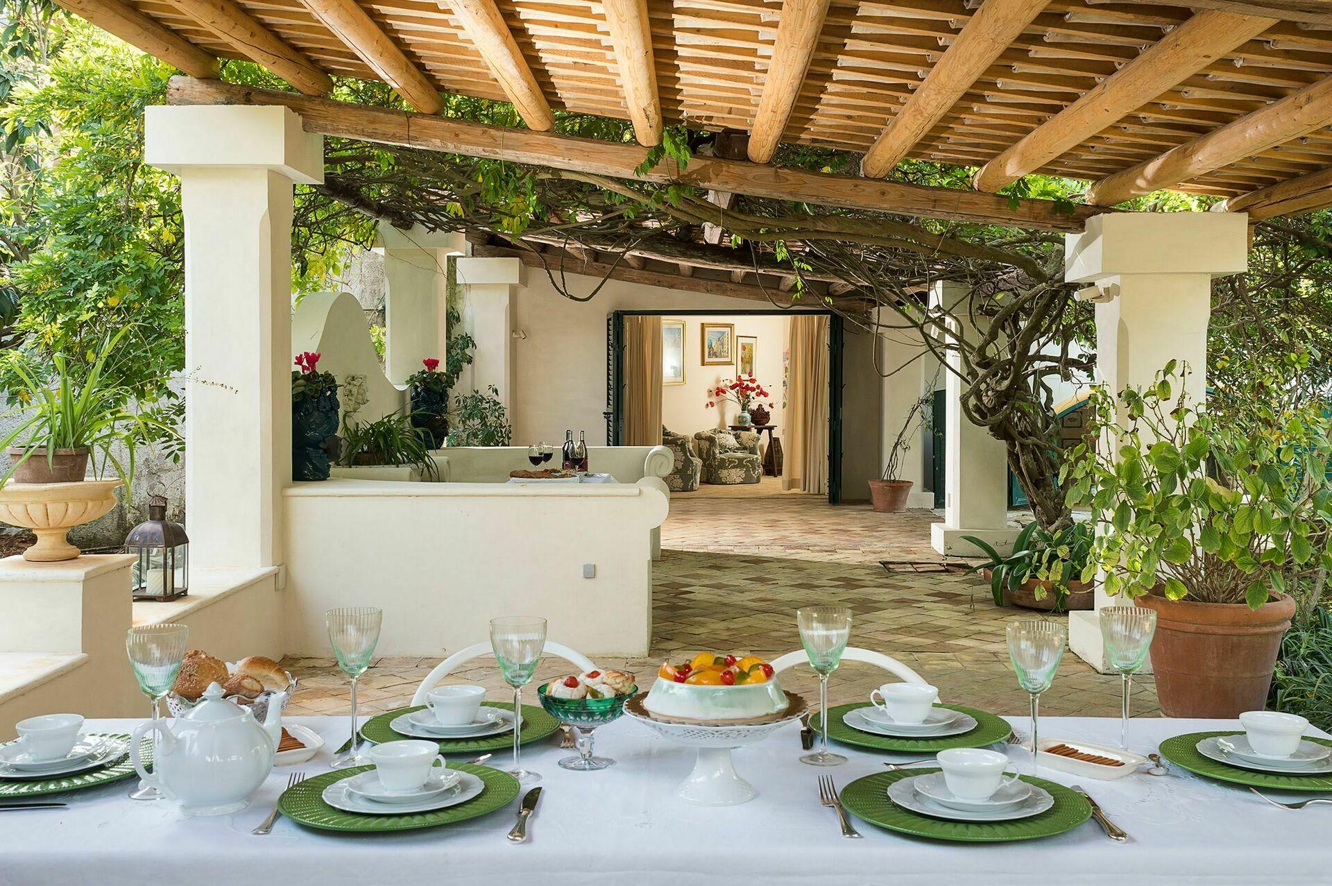 villa san ciro luxus ferienhaus in salemi sizilien 10 schlafpl tze und 5 schlafzimmer luxus. Black Bedroom Furniture Sets. Home Design Ideas