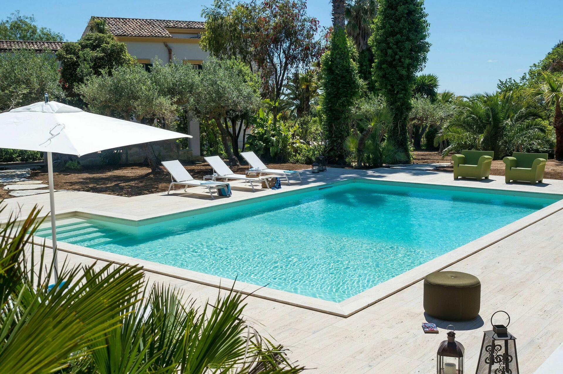 Villa san ciro villa di lusso in affitto a salemi trapani sicilia casa vacanze in affitto - Affitto casa vacanze sicilia con piscina ...