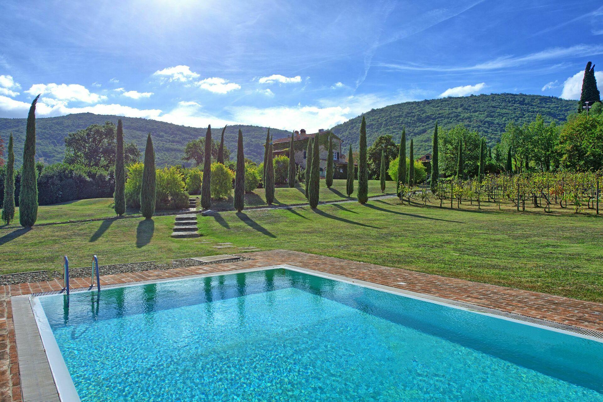 Villa Piazzano, Villa vacation rental in Il Passaggio Tuscany - 12 ...