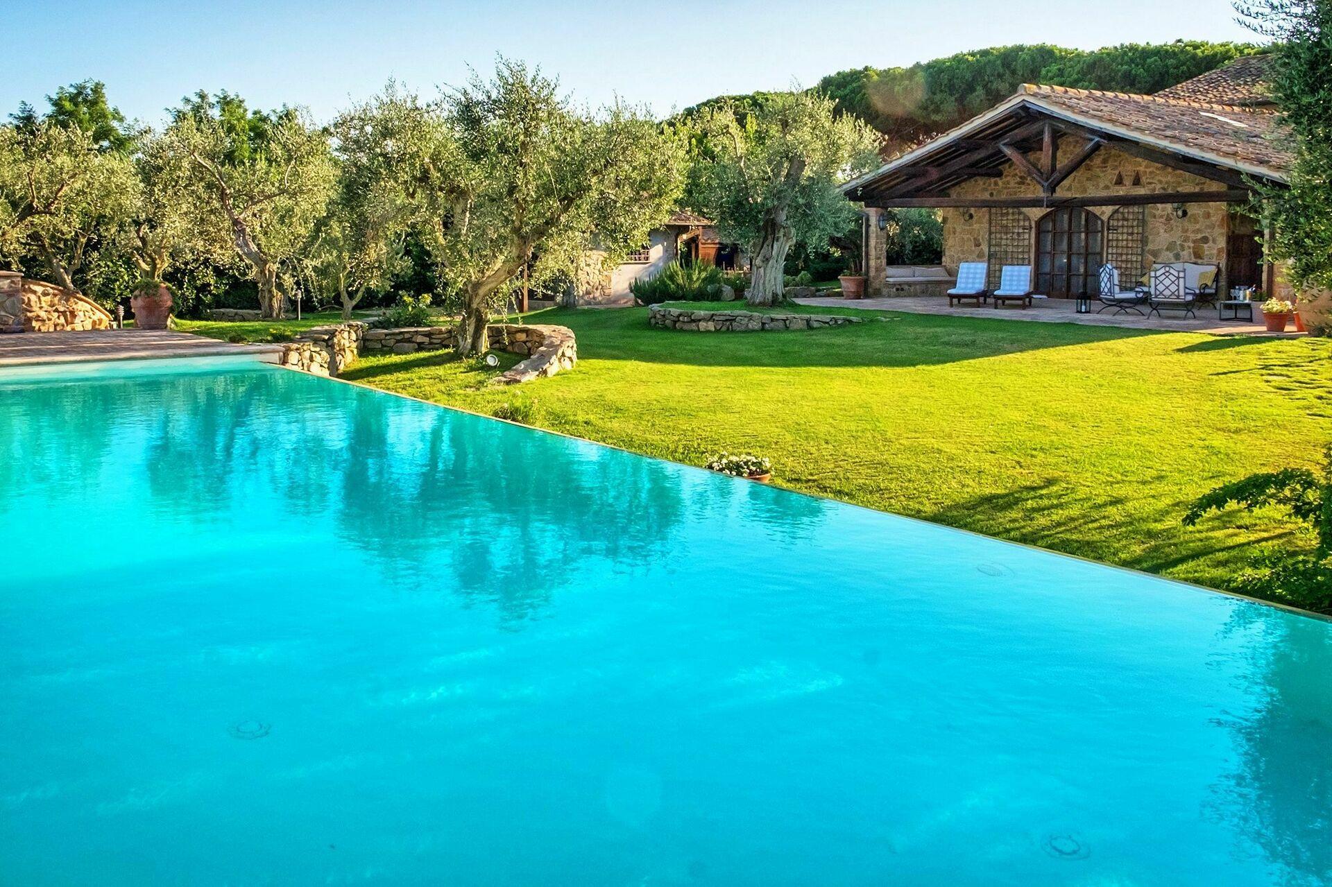 Villa Capalbio Holiday Villa Rental In Capalbio Maremma Tuscany 12 Sleeps In 5 Bedrooms Vacation Rental In Capalbio Maremma Tuscany Italy