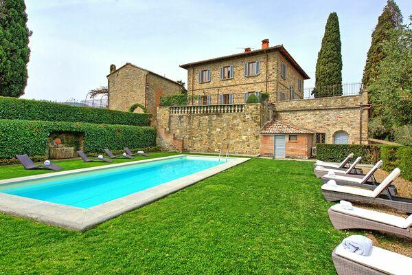 Villa Cerchi Villa