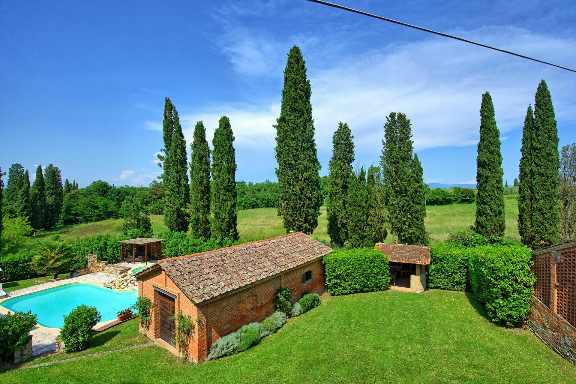 Villas Near Siena Italy villa poggigialli, holiday country villa rental in sinalunga