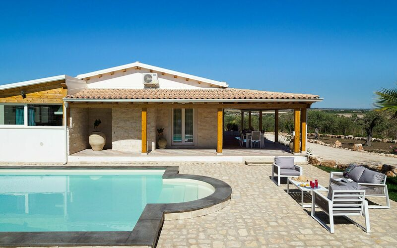 Vacation rentals in Italy  Villas in Italy with pool for